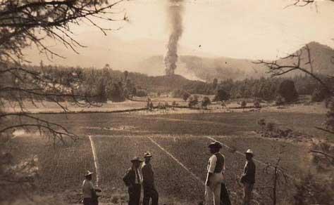آتشفشان در مزرعه ذرت