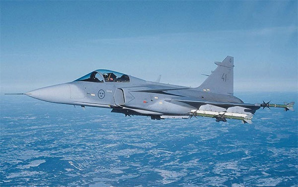 ساب 39 گریپن (Saab 39 Gripen)