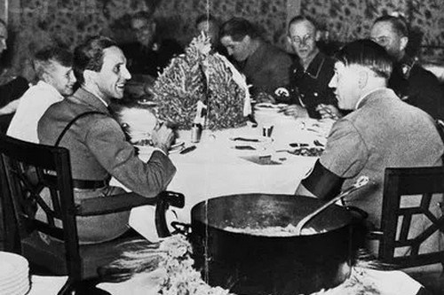 Hitler-Was-A-Strict-Vegetarian