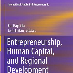 کتاب لاتین کارآفرینی، سرمایه انسانی و توسعه منطقه ای (2015)