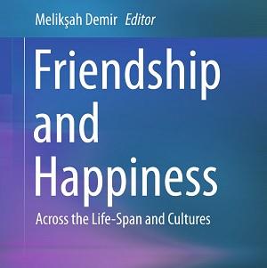 کتاب لاتین دوستی و شادکامی در طول زندگی و در فرهنگ ها (2015)