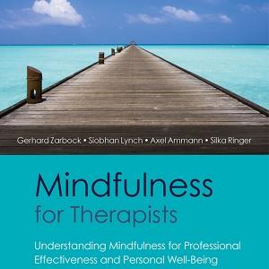 کتاب لاتین ذهن آگاهی برای درمانگران (2015)