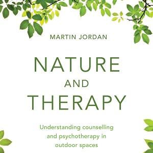 کتاب لاتین طبیعت و درمان؛ درک مشاوره و روان درمانی در فضاهای باز (2015)
