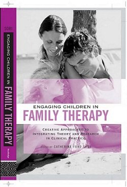 کتاب لاتین نقش فرزندان در خانواده درمانی
