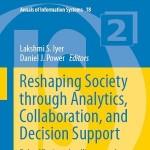کتاب لاتین شکل دهی مجدد به جامعه از طریق تحلیل، مشارکت و پشتیبانی تصمیم گیری (2015)